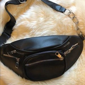 Handbags - Black Leather Fanny Pack